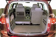 seat altea maße kofferraum ma 223 e touran adac auto test vw touran 2 0 tdi