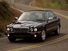 2000 jaguar daimler eight review top speed