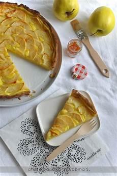 crema con due tuorli due bionde in cucina crostata di mele con crema pasticcera