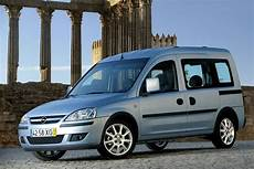 opel combo 2 photos 23 pictures from all 12
