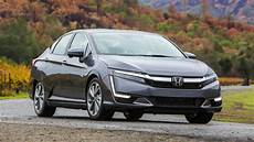 In Hybrid - 2018 honda clarity phev drive plugging into the