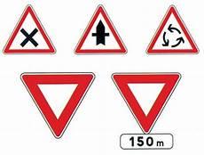panneau triangle croix 2mfrance 4 signalisation routiere type ab1 a ab25