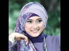 Terbaru Trend Gaya Jilbab Artis Indonesia