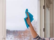 fenster putzen im winter mit diesen tricks einfach und