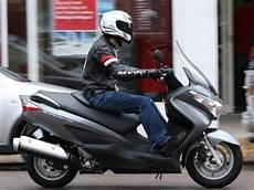 Suzuki Burgman 125 2002 2012 Review Mcn