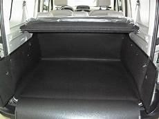 renault kangoo kofferraum kofferraumwanne hundebox f 252 r renault kangoo