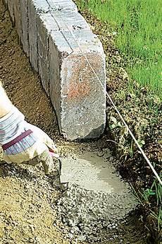Rasenkantensteine Verlegen Ohne Beton - rasenkantensteine setzen rasenkantensteine randsteine