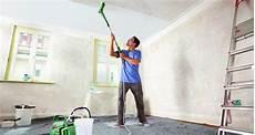 wände streichen ohne rolle w 228 nde streichen mit bosch paintroller bauen renovieren