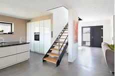 Offener Wohnbereich Mit Treppe Einer Modernen