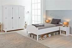 bett einzelbett bett karlo einzelbett 90x200 kiefer massiv wei 223 lackiert