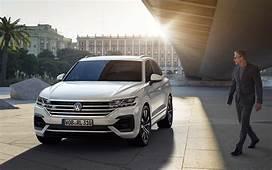 Volkswagen Touareg V6 Executive 2019  SUV Drive