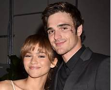 zendaya boyfriend are jacob elordi and zendaya dating jacob elordi 21