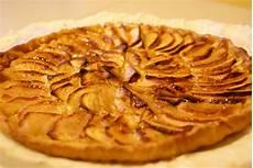 les recettes du quot sylvabar quot tarte aux pommes cr 232 me