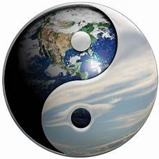 Malvorlagen Yin Yang Foto Yin Yang Sky Earth Illustration Yin Yang Is A