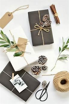 Geschenke Verpacken Weihnachten - diy 5 gift wrap ideas for burkatron