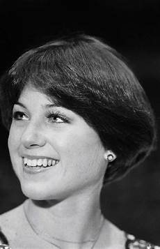 the 50 most iconic hairstyles of all time dorothy hamill haircut short hair styles wedge haircut