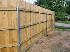 holzzaun selber bauen wood fence with metal post building construction diy