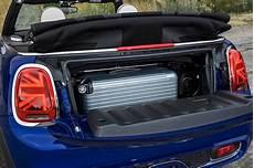 mini cabrio kofferraum foto mini cooper s cabrio facelift 2018 kofferraum vergr 246 223 ert