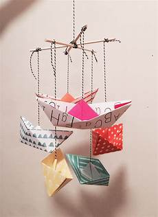 diy paperboat mobile mobile basteln mit kindern ideen