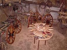 fabriquer une equilibreuse pour roue de voiture la fabrication et la restauration traditionnelle des roues en bois de voitures 224 cheval ecurie