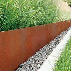 bordure pelouse acier define your garden with metal lawn edging garden edging