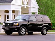 free online auto service manuals 1999 cadillac escalade free book repair manuals 1999 2000 cadillac escalade repair 1999 2000 ifixit