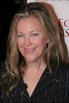 Catherine O Hara Doblaje Fandom Powered By Wikia
