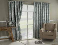 5 tips for finding the right curtains to match your home