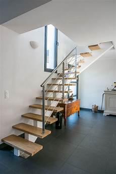escalier moderne quart tournant escalier 1 4 tournant limon central inox 224 anglet 64