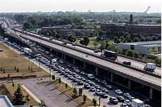 circulation autoroute a40 lendemain de l explosion du camion citerne sur l a40 lapresse ca