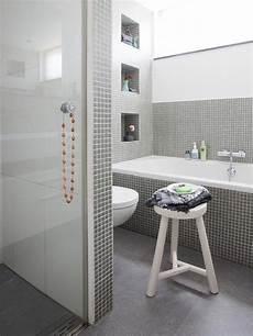 bagno piastrelle mosaico bagno con mosaico grigio bagno grigio e bianco con