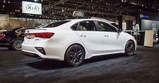 kia forte hatchback 2020 2020 kia forte gt line debuts at chicago auto show with