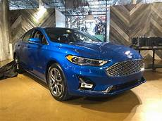 2019 ford fusion energi in hybrid gets 25 from