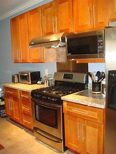 rta cabinet broker 1r honey maple shaker 908 kitchen cabinets