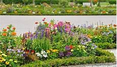 Wie Lege Ich Einen Garten An - wie lege ich einen blumengarten an erfahrungen und ratgeber
