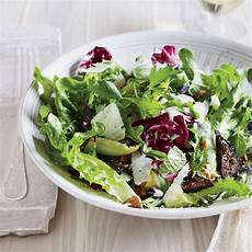 mixed greens and herb salad with figs and walnuts recipe