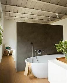 badezimmer t wand freistehende badewanne 20 inspirierende designs f 252 rs bad