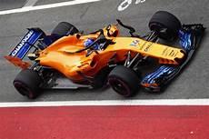 Mclaren F1 2018 - mclaren formula 1 barcelona test day 1