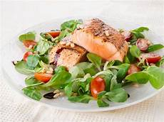 how to cook salmon saga