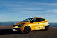 New Clio Rs Priced In The Uk Offers App That Reproduces
