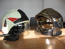 Le Reseau Des Sapeurs Pompiers Nouveaux Casques F1 En