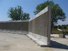mur anti mur anti bruit autoportant en b 233 ton arm 233 pr 233 fabriqu 233