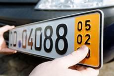Kurzeitkennzeichen Kosten Und Versicherung Autobild De