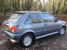 1990 ford xr2i