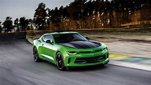 2017 Chevrolet Camaro 1LE Wallpaper  HD Car Wallpapers