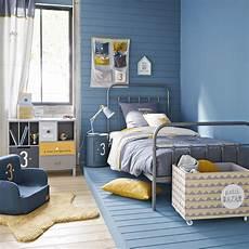 une chambre pour gar 231 on en bleu et jaune minimonde