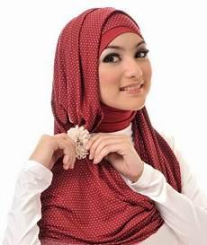 Model Jilbab Cantik Terbaru 2014 Rioval