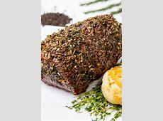 crusted roast rump steak with crispy speckled onion rings_image
