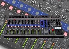 Mixer Digital Zoom Livetrak L 12 Paket Sound System