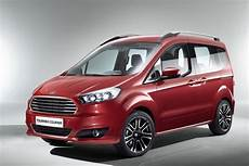 Ford Starts Building Tourneo Courier And Transit Courier